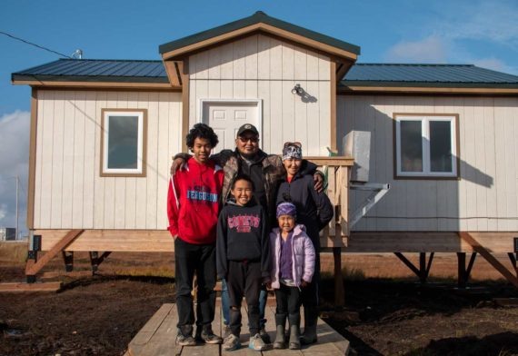 2019-Tiny-House---VAK---Paniyak-family